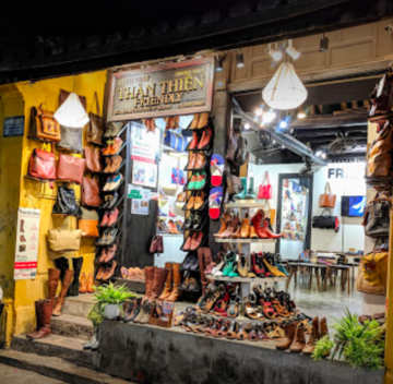 Leather shoes in Hoi An
